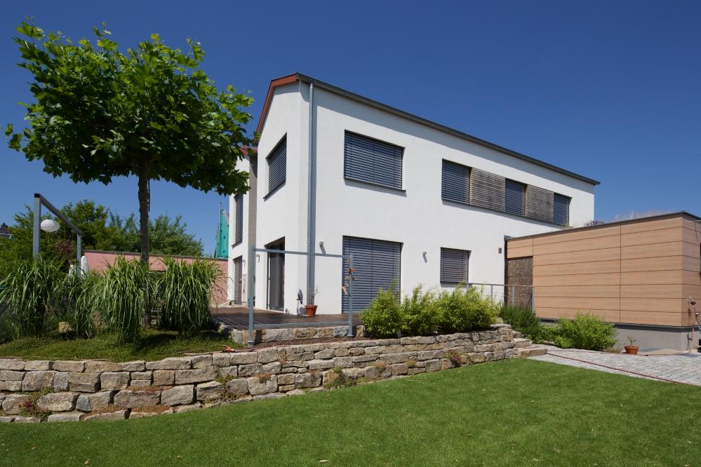 Einfamilienhaus b in grettstadt architekt kremer for Einfamilienhaus mit doppelgarage modern