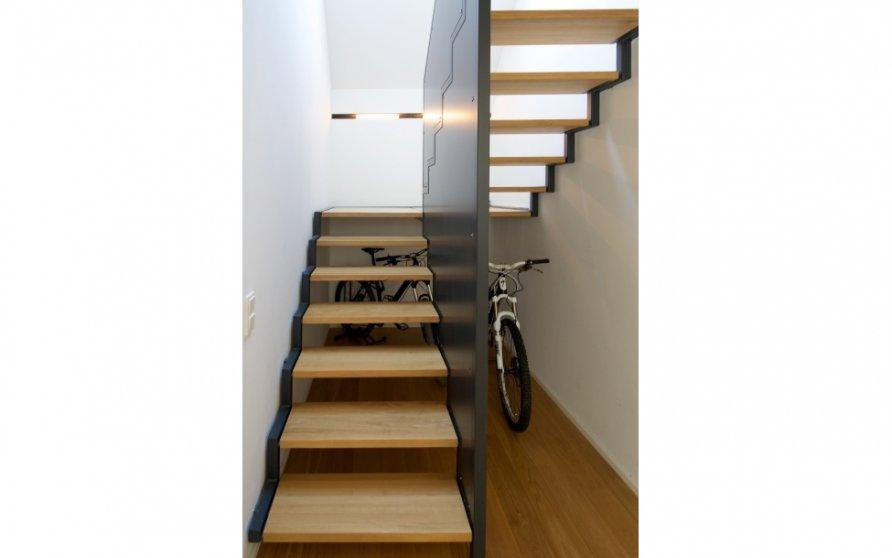 Stahl-Holz-Treppe