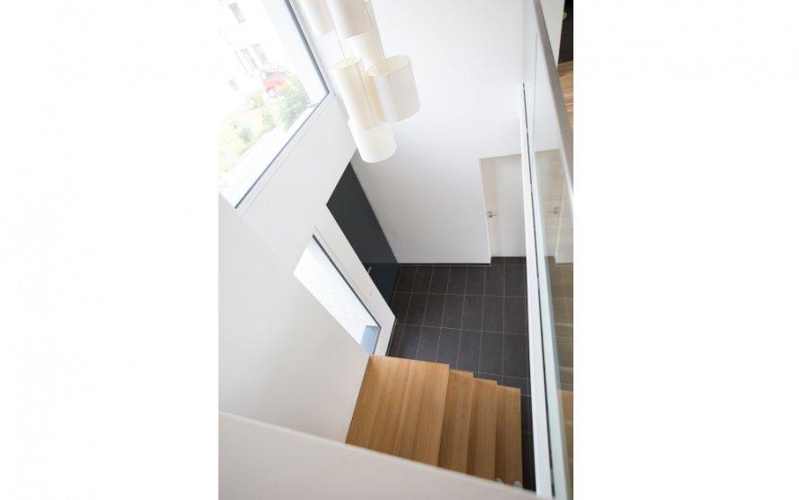 Blick vom Flur Obergeschoss Richtung Hauseingang