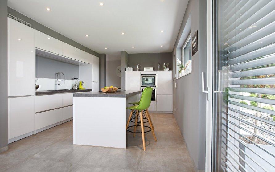 Blick vom Essplatz Richtung Küche
